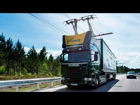 """В Швеции открыли первое """"электрошоссе"""" для большегрузов"""
