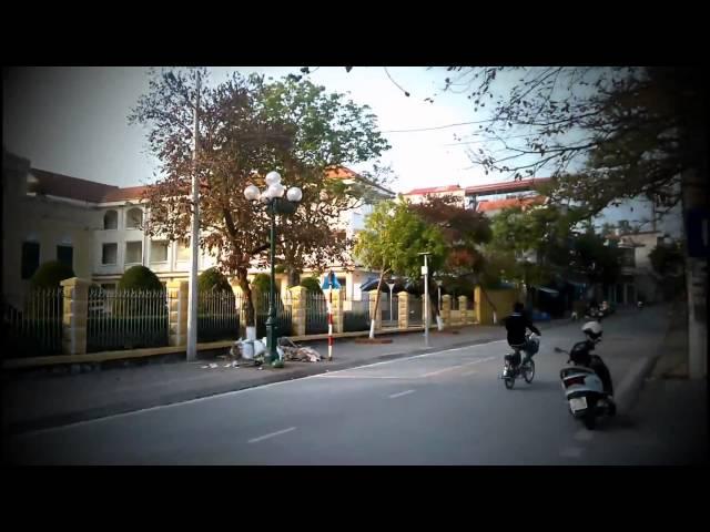 Dự thi tập thể ATGT-Trường THPT Bạch Đằng,Quảng Ninh