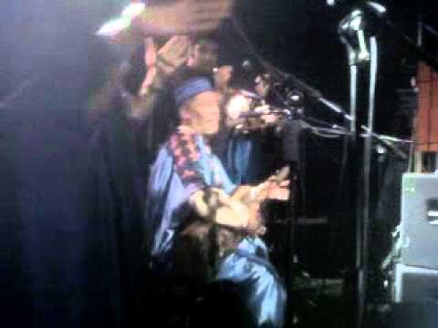 Maalem Abdenbi El Gadari @ B-Rock de Casa Aicha – Hamdouchia [Gnawa Music]