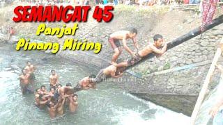 Video Panjat Pinang MIRING Bikin Ngakak... MP3, 3GP, MP4, WEBM, AVI, FLV Agustus 2019