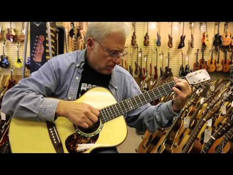 Todd Dennison playing a Don Musser OM Brazilian here at Norman's Rare Guitars (видео)