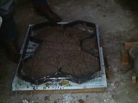 lajota de cimento - desenforma na hora podendo ser feita centenas de lajotas por dia....