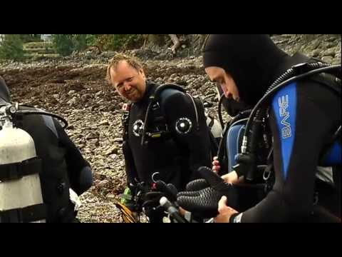 scuba diving - On Episode 3 of The Harris Mazda Locker Room, Matt and Holly get a crash course in scuba diving with the crew at Sundown Diving! After learning the basics at...