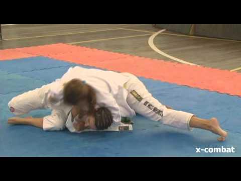 BLUFIGHT JIU-JITSU 2012 - Janaína Crispin x Juliana Vargas by X-COMBAT (видео)