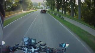 4. BMW R1200R helmet cam HD