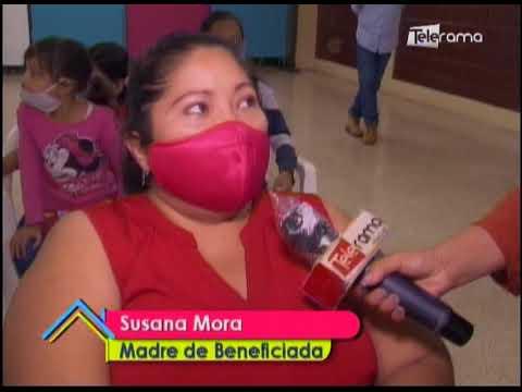 Entrega de lentes para niños de escasos recursos en Cisne 2 de Guayaquil