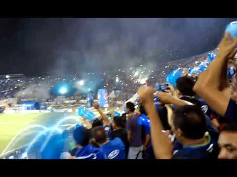 Entrada de Motagua Campeon 2014 - Revolucionarios 1928 - Motagua - Honduras - América Central