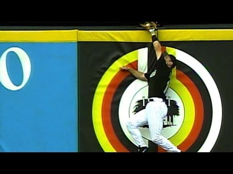 Video: 2003 NLDS Gm3: Conine robs Aurilia of home run