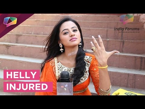 Helly Shah injured while shooting