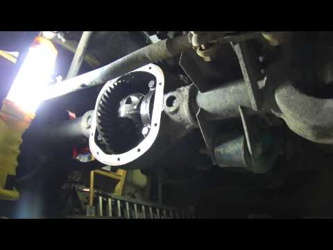 Front Differential Oil Change and Inspection