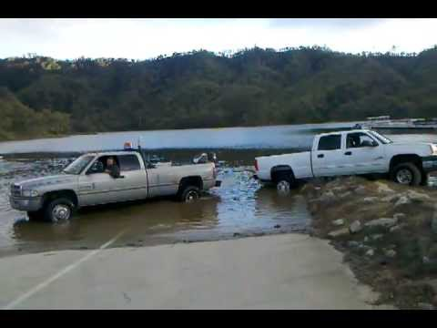 A Dodge destroys a Chevy in towing attempt