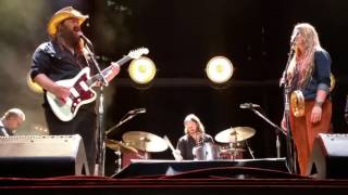 Chris Stapleton (and Morgane) - Smooth as Tennessee Whiskey (10/14/2016) Nashville, TN Video
