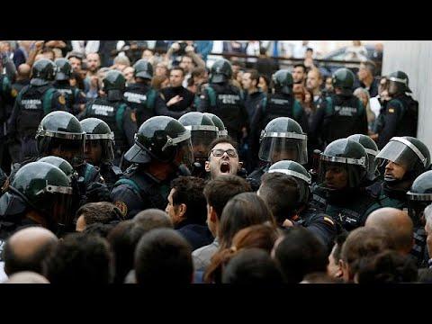 Καταλονία – Δημοψήφισμα: Συγκρούσεις με δεκάδες τραυματίες