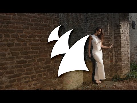 Paul Oakenfold – Touch Me (Paul Oakenfold vs Marcellus Wallace Deep House Music Video)