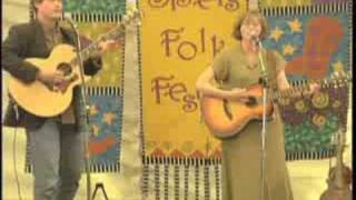 <b>Dave Carter</b> And Tracy Grammer Performing Crocodile Man