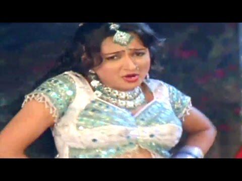 Video Bichodo  Bichodo, Baap Dhamaal Dikra Kamaal - Gujarati Item Song download in MP3, 3GP, MP4, WEBM, AVI, FLV January 2017
