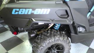 4. 2016 Can AM Commander XT 1000 Black and Blue