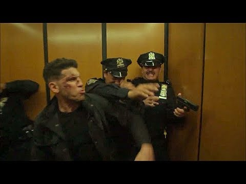 Punisher pelean con los policías en el elevador - Pilgrim, Amy - THE PUNISHER 2X13 (Final)