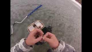 Зимняя рыбалка 2014 началась Сезон открыт Рыбаки ловят окуня.