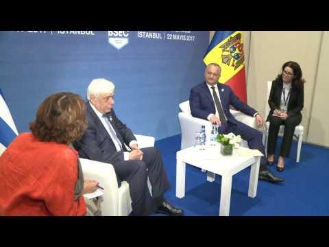 Igor Dodon s-a întîlnit cu președintele Republicii Elene, Prokopios Pavlopoulos