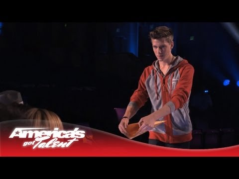 magician - Subscribe Now for More AGT: http://full.sc/IlBBvK Get more America's Got Talent: http://www.nbc.com/americas-got-talent/ Full Episodes: http://www.nbc.com/am...