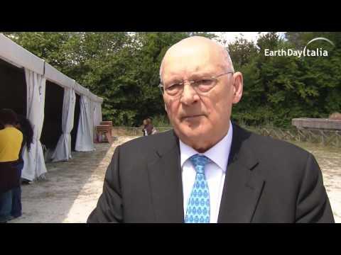 Stefano Zamagni al Villaggio per la Terra