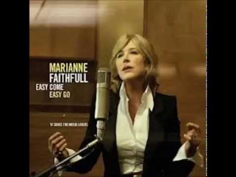 Tekst piosenki Marianne Faithfull - Solitude po polsku