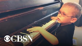 Blind 6-year-old piano prodigy goes viral for