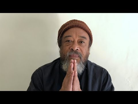 Mooji Video: What To Do With This Tsunami of Mind Activity?