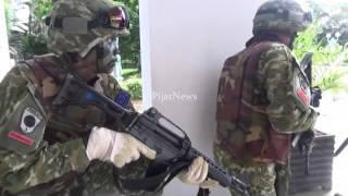 Video Teroris Kepung Kantor Bupati Kabupaten Barru (Video Oleh: Fyan) MP3, 3GP, MP4, WEBM, AVI, FLV September 2018