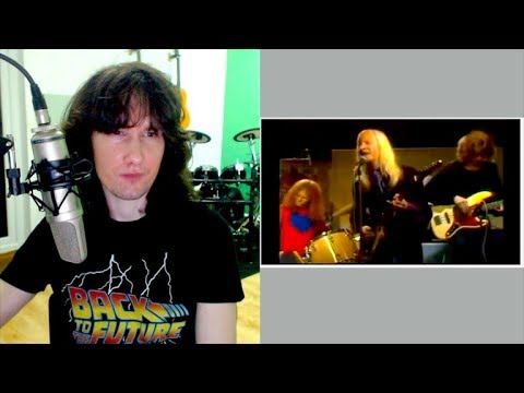 British guitarist reacts to Johnny Winter from 1970. Ahead of his time? Definitely.