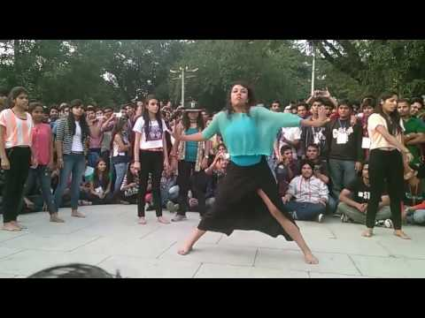 Video IIT college girls dance download in MP3, 3GP, MP4, WEBM, AVI, FLV January 2017