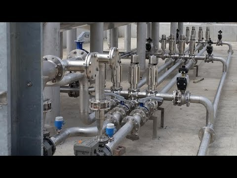 How a two pipe steam heating system works.