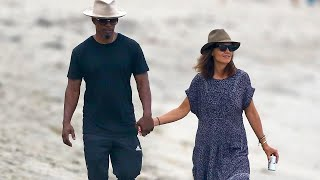 Video Katie Holmes and Jamie Foxx Spotted Holding Hands During Romantic Stroll on the Beach MP3, 3GP, MP4, WEBM, AVI, FLV Januari 2018