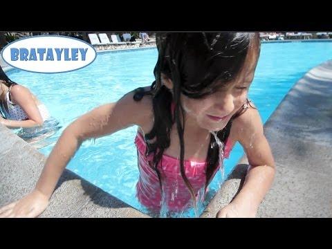 Brave Hayley (WK 182.6) | Bratayley