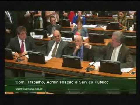 André Figueiredo defende aumento salarial para Defensoria Pública da União parte 1