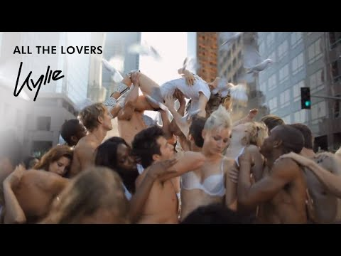 Tekst piosenki Kylie Minogue - All The Lovers po polsku