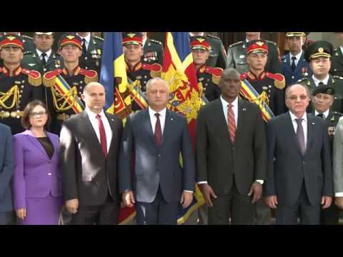 Глава государства принял участие в праздновании 28-летия создания Национальной армии