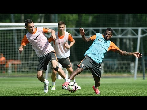 Shakhtar's morning training. Tactics are main priority (видео)