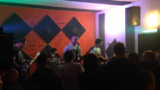 Video hlavny vypinac - zivot plny radosti (premiera sound city pub)