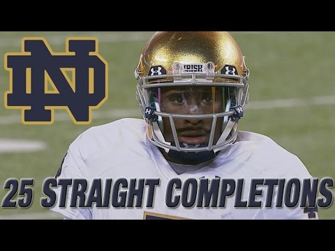 Dame - Notre Dame QB Everett Golson threw 25 straight completions in a win over Syracuse. Golson fell one completion short of the FBS record of 26 straight in the 31-15 victory. Watch as the ACC Digital...