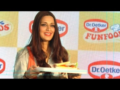Sonali Bendre Turns Into A Chef For A Day!