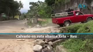 Comerciantes y pilotos viven una travesía en la ruta de terracería habilitada temporalmente entre Retalhuleu y Quetzaltenango por hundimiento en el km 188 (Video Prensa Libre: R. Miranda, D. Castillo)
