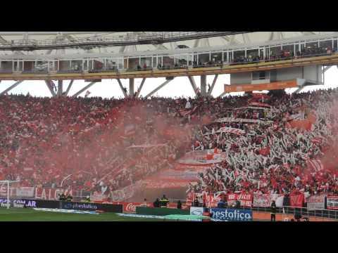 Recibimiento de la Hinchada / Estudiantes 1- Gimnasia 1. Torneo Inicial 2013 - Los Leales - Estudiantes de La Plata