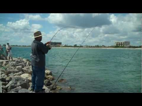 Snook fishing Fort Pierce Jetty – Aug 2011