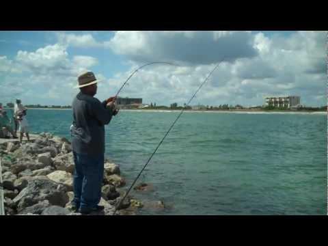 Snook fishing Fort Pierce Jetty – Aug 2011