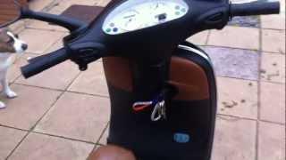 6. 2003 Vespa ET2 50cc