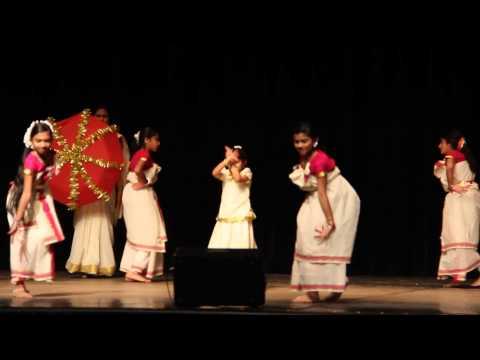 Video Kera Nirakal Aadum download in MP3, 3GP, MP4, WEBM, AVI, FLV January 2017