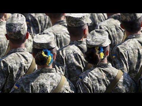 Ουκρανία: Αύξηση πατριωτισμού στο Κίεβο – στα ανατολικά υπάρχει αγωνία