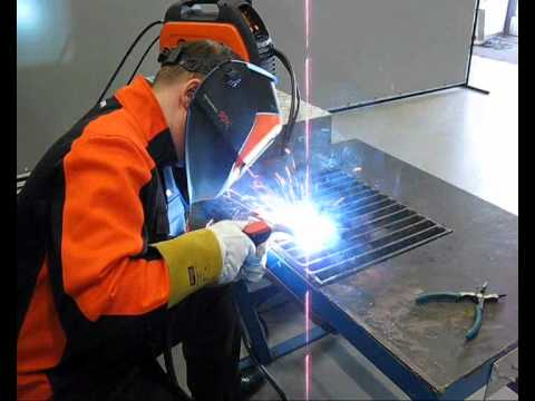 1~ Phase Portable Adaptive MIG/MAG Welding | MinarcMig™ Evo 170 & 200 Video Image